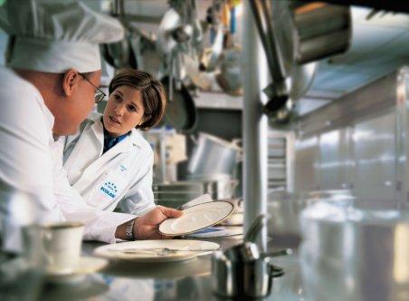 Restauracyjna kuchnia będzie lśnić czystością dzięki produktom Ecolab. Foto: materiały prasowe.