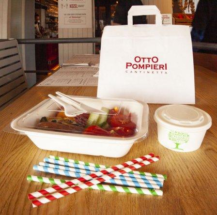 Słomki i ekologiczne opakowania dań na wynos w restauracji Otto Pompieri. Foto: materiały prasowe.