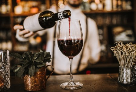 Początek roku to dobry moment na analizę nowych trendów winiarskich. Foto: materiały prasowe.