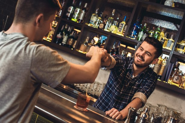 Barman. Foto: Shutterstock.com.