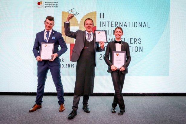 Zwycięzcy Międzynarodowych Mistrzostw Młodych Sommelierów. Foto: materiały prasowe.