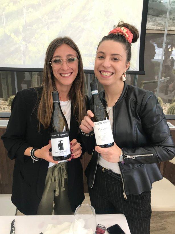 Producentki wina z Catald i Madonna. Foto: Patrycja Siwiec.