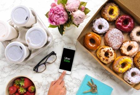 Zamów kawę z Costa Coffee przez aplikację Uber Eats. Foto: materiały prasowe.