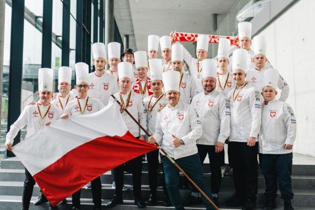 Narodowa Reprezentacja Polski Kucharzy wróciła z niej z trzema srebrnymi medalami! Zdjęcie: materiały prasowe.
