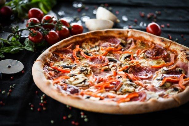 Pizza capricciosa. Zdjęcie: Shutterstock.com