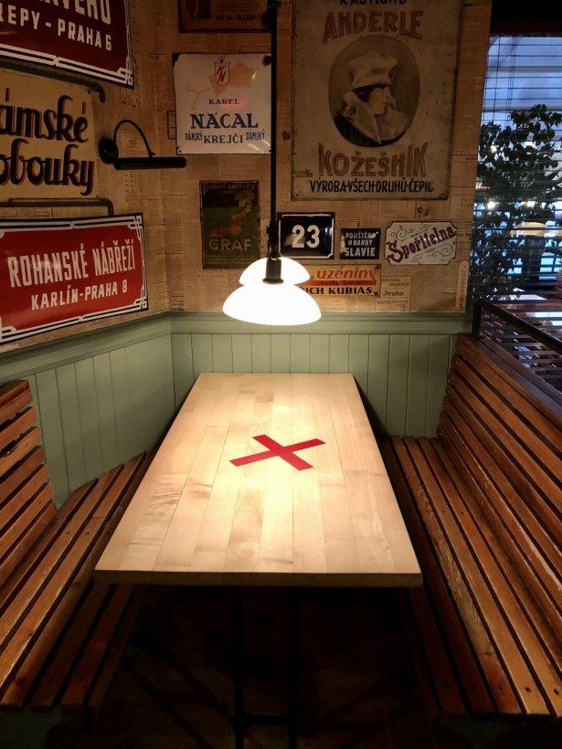 U Szwejka: stół wyłączony z użytkowania. Fot. Agata Godlewska