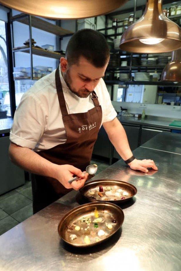 Bartosz Szymczak, szef kuchni restauracji Rozbrat 20. Zdjęcie: materiały prasowe.