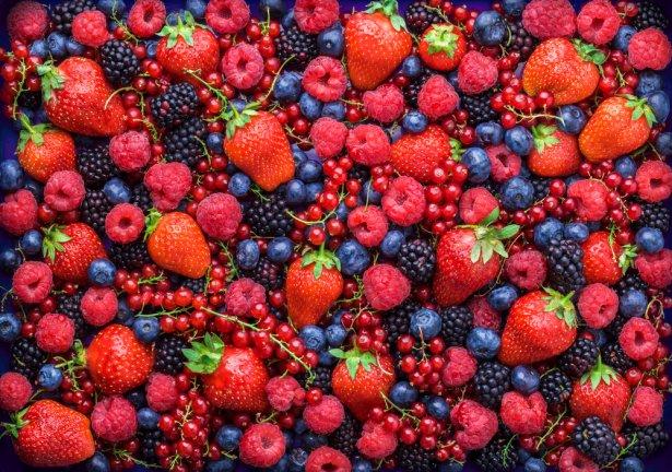 Owoce jagodowe. Zdjęcie: Shutterstock.com.