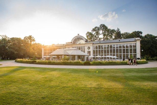 Restauracja Belvedere w zabytkowym budynku Nowej Oranżerii w Łazienkach Królewskich funkcjonuje już od ponad 20 lat. Zdjęcie: Facebook.com/Restauracja Belvedere.