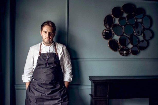 Wojciech Modest Amaro to pierwszy polski szef kuchni, który zdobył gwiazdkę Michelin - w 2013 roku i od 7 lat ją utrzymuje. Zdjęcie: materiały prasowe.