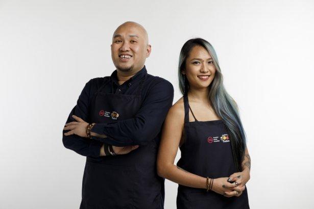 Mistrzowie barmańscy Colin Chia i Charmaine Thio z baru Nutmeg & Clove, który zajął 32. miejsce w rankingu 50 najlepszych barów w Azji 2020. Zdjęcie: materiały prasowe.