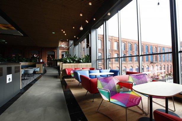 Qulinarium – nowa strefa restauracyjna w łódzkiej Manufakturze. Zdjęcie: materiały prasowe.